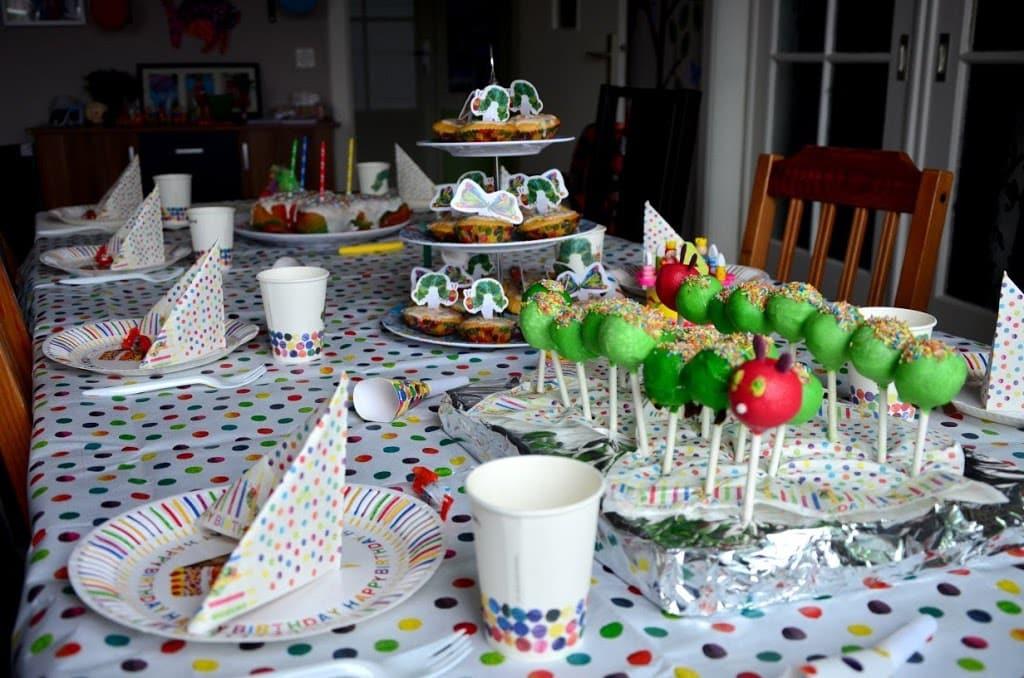 lillis raupe nimmersatt-party - rezepte, familienleben - baby, Einladung