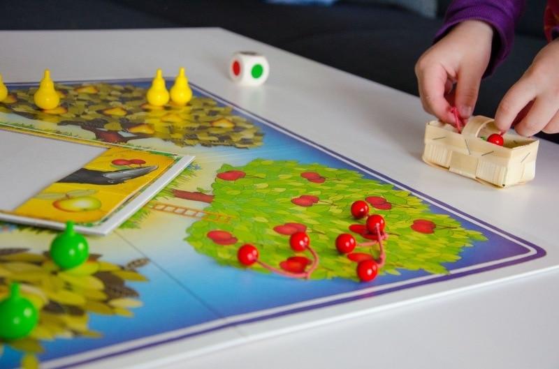 Obstgarten spielen 2