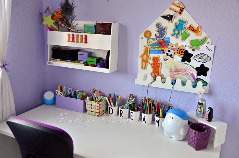Lillis Schreibtisch (2)