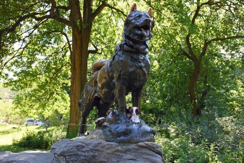 Balto Statue (3)