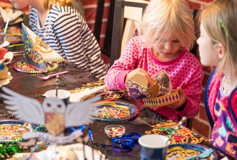 lillis harry potter party inspirationen familie baby kind und meer. Black Bedroom Furniture Sets. Home Design Ideas