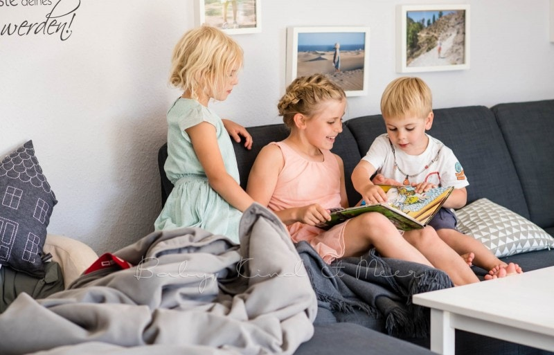 Lesen im Wohnzimmer 3