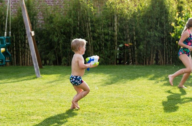 im Garten spielen 3