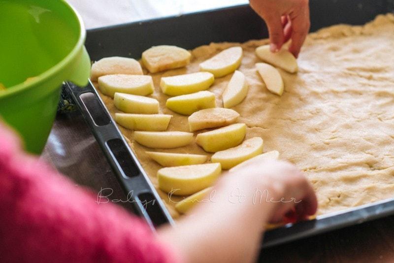 Apfelkuchen mit Marzipanguss Rezept 4