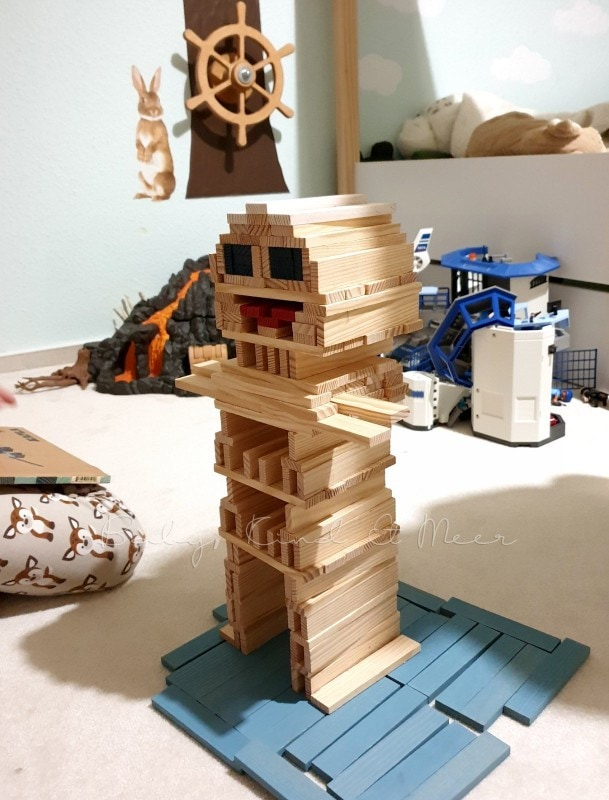Mit Kapla bauen