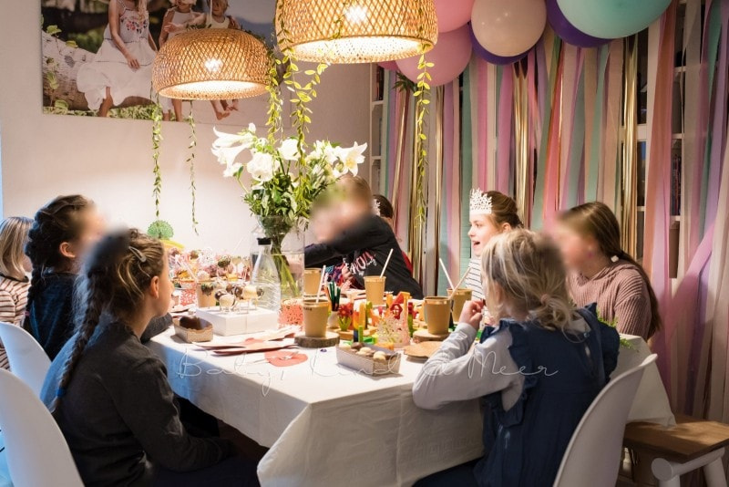 Lottes 8 Geburtstag Zauberwald Party babykindundmeer 44