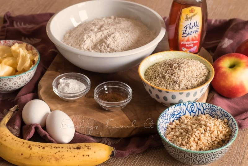 Honig Bananen Apfelkuchen Rezept babykindundmeer 1
